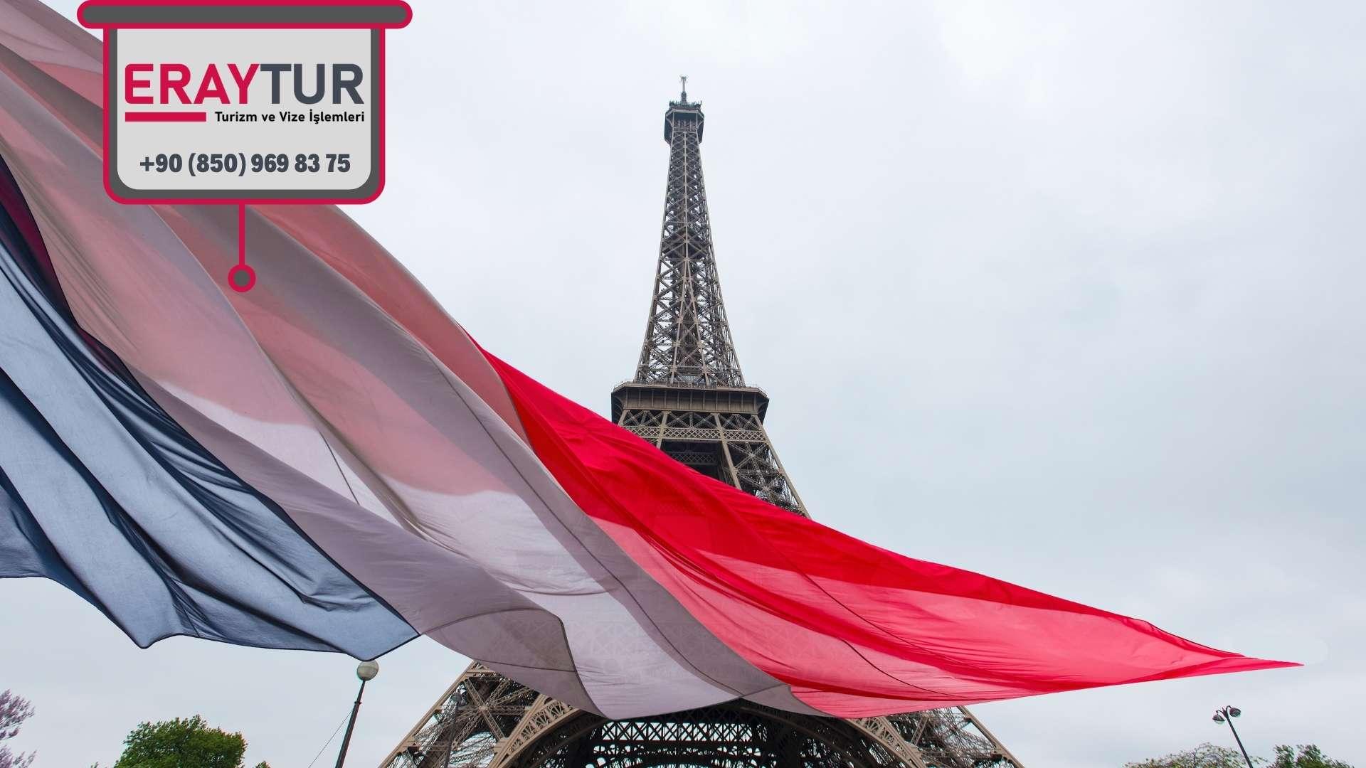 Fransa Turistik Vizesi için Gerekli Ortak Evraklar