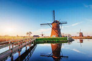 Hollanda yel değirmeni